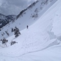 2013-02-25 021.JPG -- Traversing from the col down