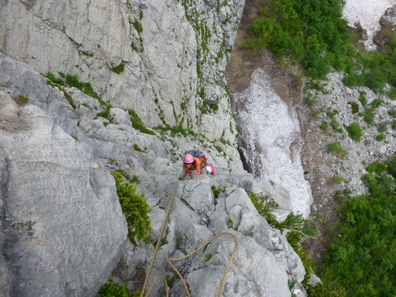 """The upper part where we missed the route and climbed """"Ryu"""" instead. This pitch was full of loose rock, but at least lot of (old and rotten) protection."""