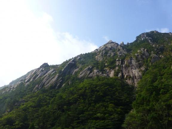 ハイキング 御在所岳