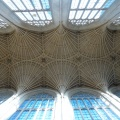 P1040796.JPG -- The ceiling of the cathedral in Bath, interesting and very mathematical structure