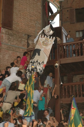 Taking down the Palio
