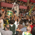 20080816_P_N_1648.JPG -- The winning contrada carries the Palio through the streets to its church