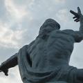 P1010135.JPG -- Peace statue