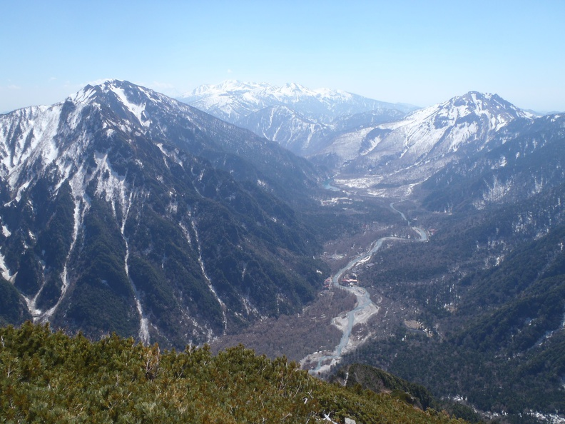 View down to Kamikochi