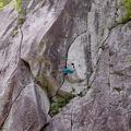 DSCF4288.jpg -- Our Georgian friends showing us how to climb Jouzu 上手に!