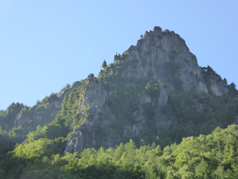 Today's target, the left-hand ridge of Eboshi-iwa (烏帽子岩左稜線)