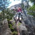 103.jpg -- The crux of the Direct Route 正面ルート on the second tower of Karasawa Iwa 涸沢2峰