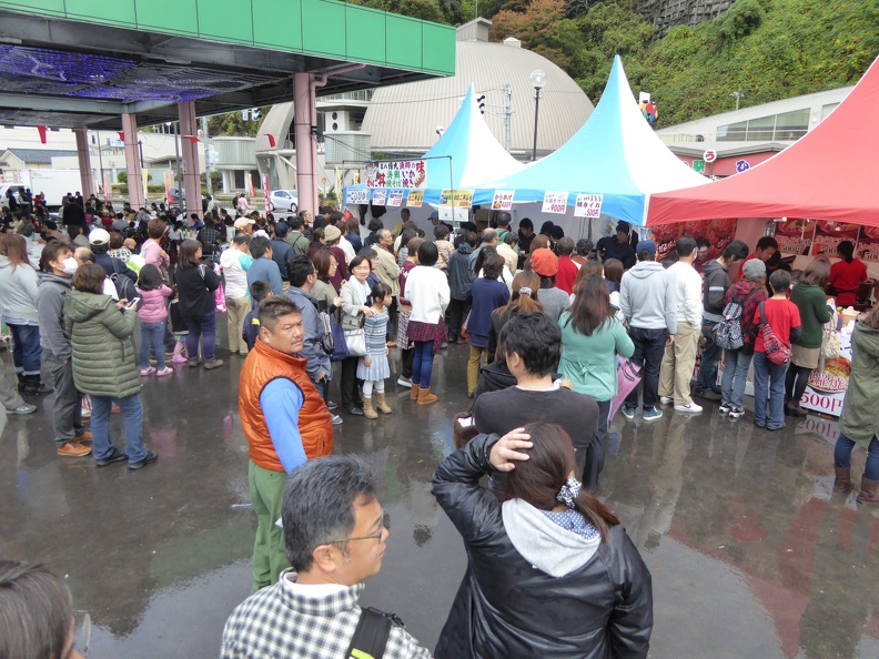 Crab festival in Echizen - only two stalls selling actual crab food - with long queues!