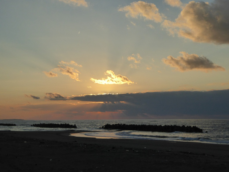 Sunset at Komaiko Beach