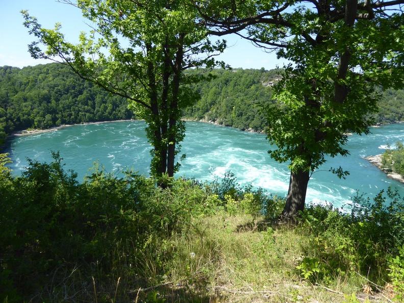 Whirlpools along the Niagara river