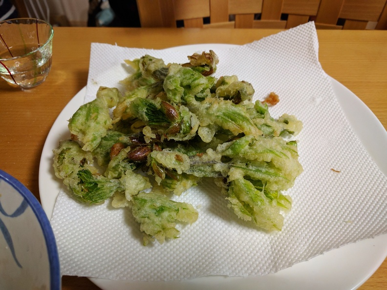 Mountain vegetable tempora (コシアブラ)